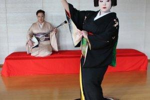 ひさ乃は、あわら温泉において実に38年ぶりとなる舞妓としてデビューを果たした。18歳の時である