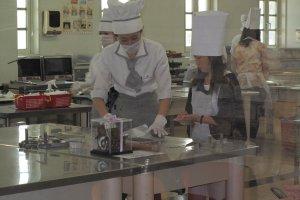 การสาธิตทำขนมคุกกีี้ สนใจสมัครเรียนได้ทันที สนุกและได้ความรู้กลับบ้าน