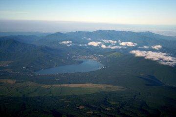 Looking toward the direction of Tokyo, you see the Lake Yamanaka