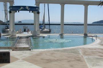 Pool at Hotel Limani