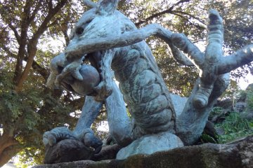 You will see many dragons adorning the shrine's premises.