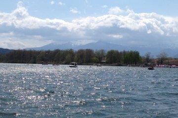 从船上看到的藏王山。