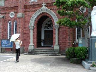 青砂ヶ浦天主堂入口