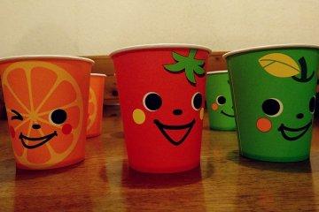 <p>แก้วประจำตัวของฉัน สีส้มยิ้มเเฉ่ง</p>
