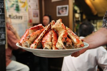 <p>A visit to Andy&#39;s may not be complete without an order of crab legs. There is half size and full size. Prices do vary so ask before making the order</p>