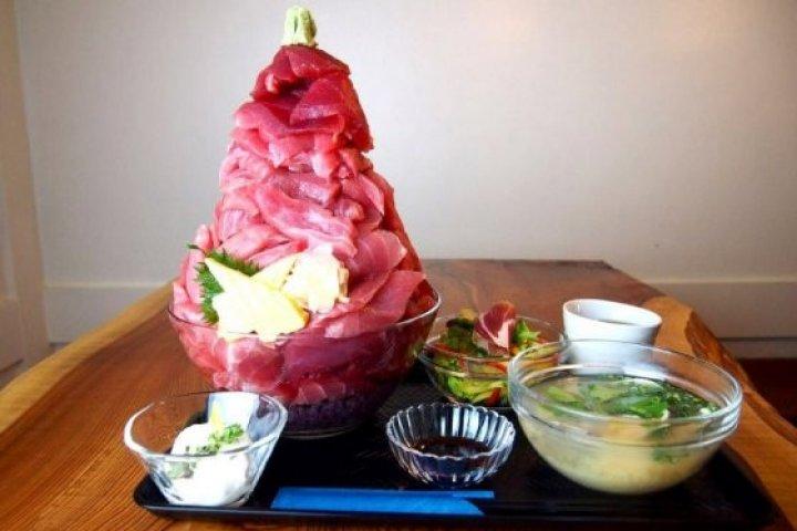 Tokyo's Tuna Overkill Lunch Deal