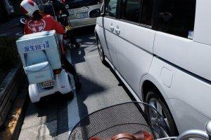ถนนในนารา มีรถทุกประเภท แต่ที่ป๊อปปูล่าที่สุด คงเป็นจักรยาน