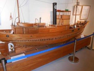 木造の遠洋捕鯨船