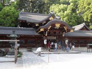 ศาลเจ้า อิมะมิยะ จินจา