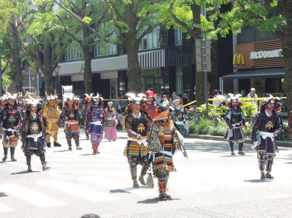 Diễu hành của các chiến binh cổ đại