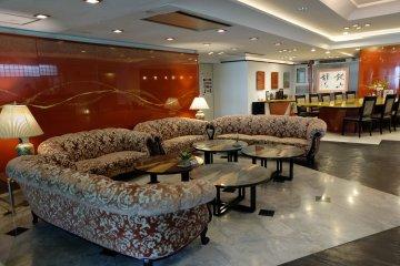 <p>ห้องรับแขกบนชั้น Lobby</p>