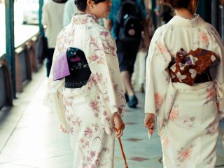 Kimonos and shopping