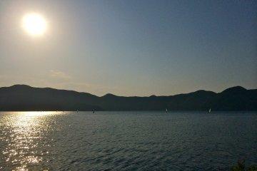 <p>Enjoying the sunset at Lake Motosuko late May. Clear skies and an average temperature of 65&deg;F.</p>