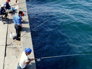 Рыбалка у пристани