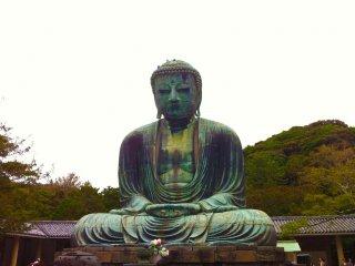 Esta enorme estátua tem mais de 750 anos!