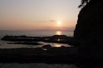 Дальнее побережье Эносимы