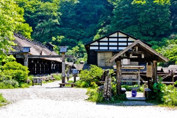 <p>The picturesque and timeless Tsurunoyu Onsen</p>