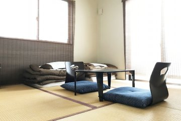There is a private tatami room that is suitable for couples or families