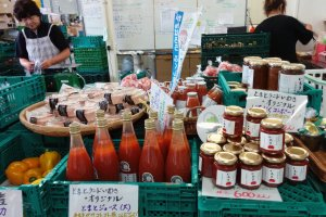 Various tomato products from juice to jam is sold at the onsite store
