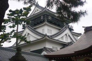 Okazaki Castle keep.