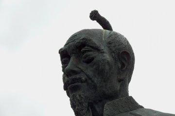 오사카 호코쿠 사당에 안치된 도요토미 히데요시 동상