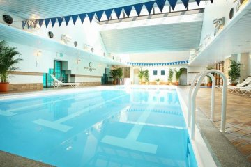 <p>Airy swimming pool is a rare oasis amongst Osaka Hotels</p>