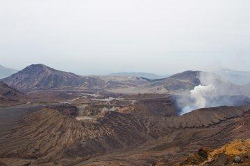 阿蘇カルデラにある火山灰の砂漠