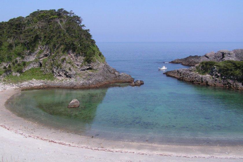 Fan-shaped Tomari Beach