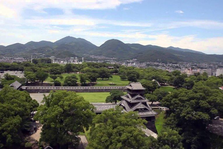 Một ngày tại thành cổ Kumamoto