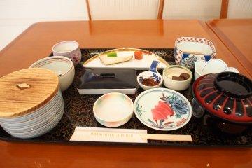 <p>Japanese breakfast</p>