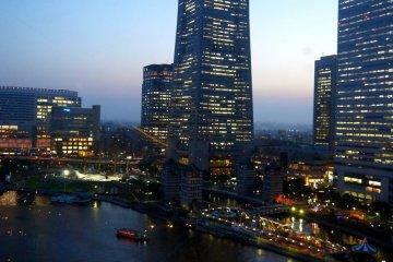 일본 최고층 빌딩의 인상적인 랜드마크 타워 전망