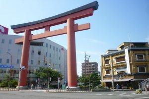 The great Torii Mon gate leading to Nakamura Park.