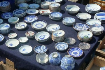 Antique ceramics, Osu Kannon Temple