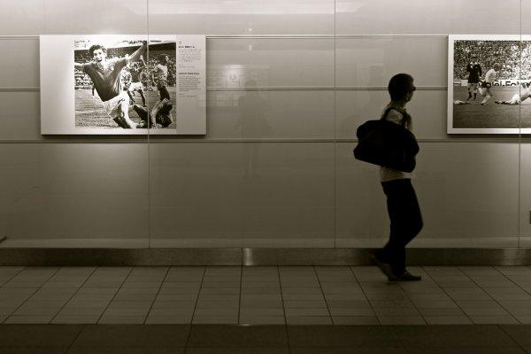 แกลลอรี่ใต้ดินที่ให้อารมณ์ศิลปะแบบดิบๆ