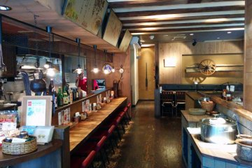 <p>The restaurant has a laid back country style interior</p>