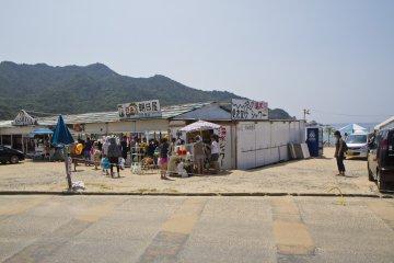 비치 하우스 투숙객 전용 주차는 물론, 진입로 끝에 있는 이곳 해변까지 접근 가능하다