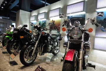 <p>Heaven for motorcycles lovers!</p>