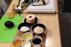 The cooking classroom uses simple seasonings and ingredients commonly found in any household