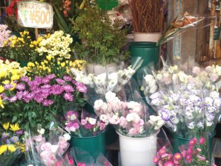 One stall sells fresh flowers