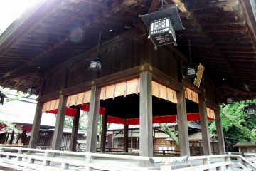 <p>Looking up at the Noh stage from an angle</p>