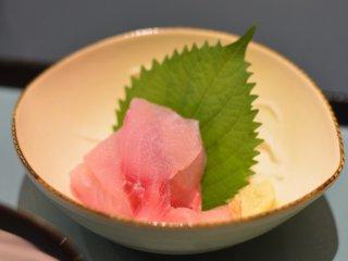 Koi no arai (sashimi ikan koi)