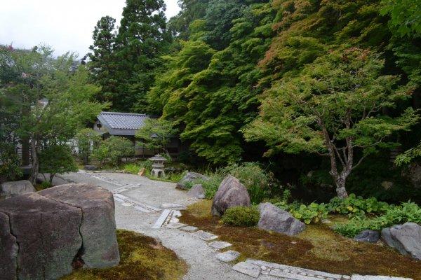 Hojo Garden สวนเซนในวัดนันเซนจิ แหล่งเรียนรู้ปรัชญาเซนตามวิถีแห่งธรรมชาติ