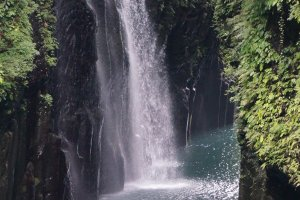 Takachiho Gorge ช่องเขาหินบะซอลต์ที่ลี้ลับและสวยงาม