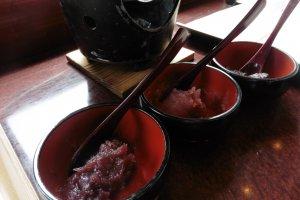 内陷有巧克力,草莓和红豆沙三种选择