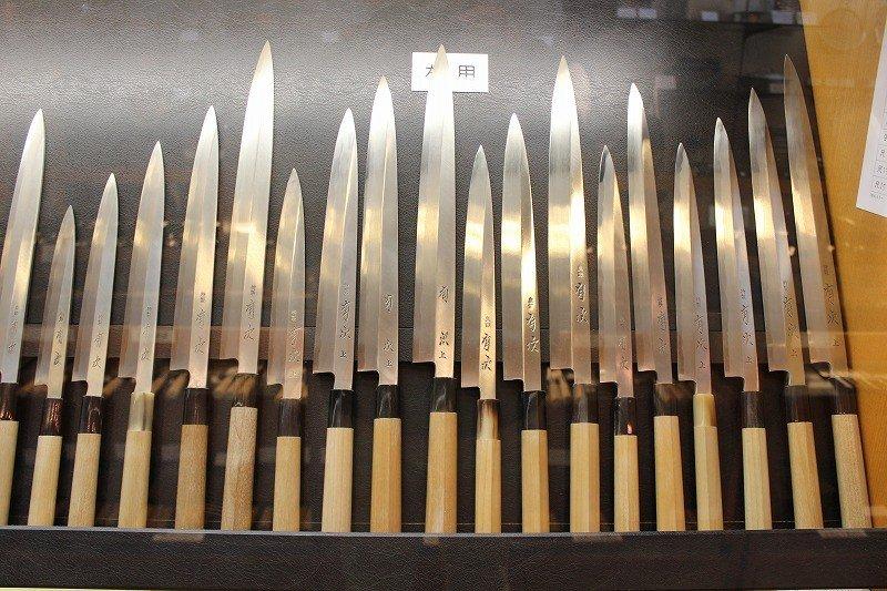 柳刃。関東風、関西風など種類も多い