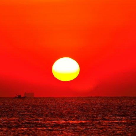 恋路ヶ浜の朝焼け