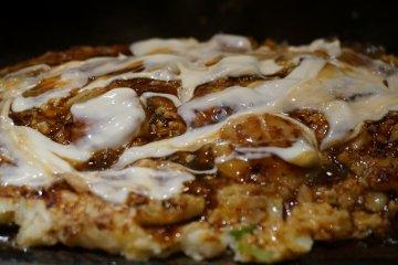 กิน Okonomiyaki ที่ร้าน Mizuno