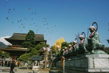 Kuil Zenkoji di Nagano