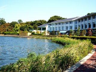 "Danau Kitagata dan ""Kitagata Lakeside Hotel"""