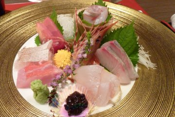 <p>This plate of sashimi was so elaborate I felt I shouldn&#39;t touch it. Glad I did in the end though... delicious!</p>